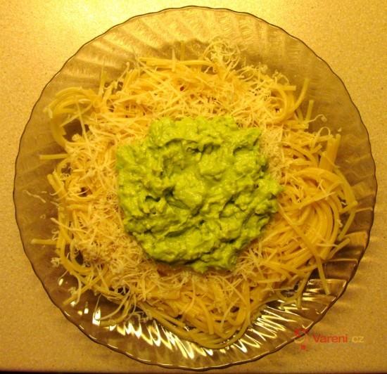 Špagety s avokádovou pastou
