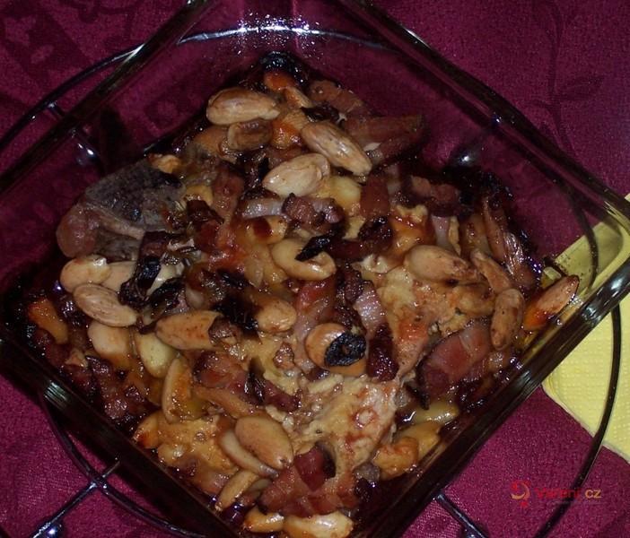 Kotlety se slaninou a mandlemi
