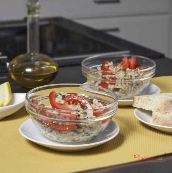 Kroupový salát s mátou a rajčaty