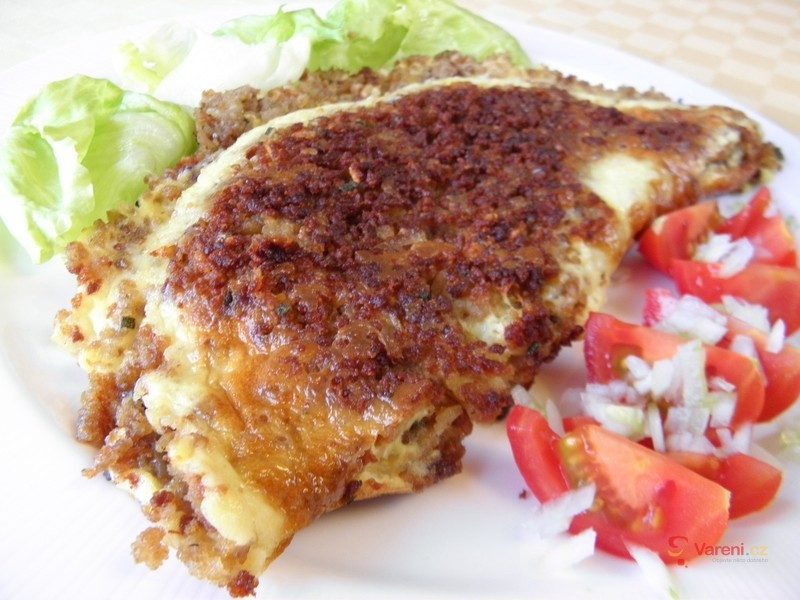 Masová omeleta se sýrem