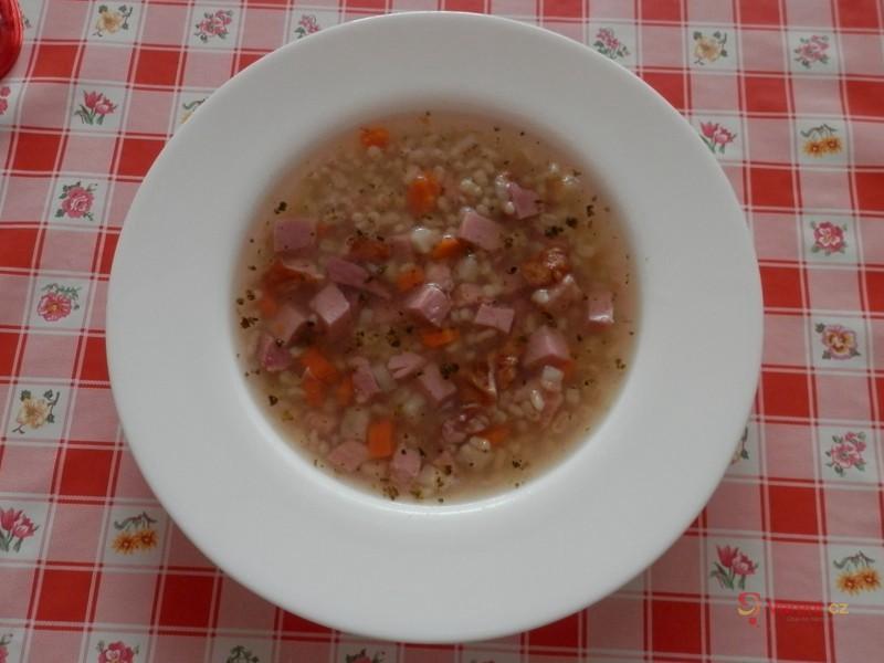 Uzená polévka a kroupami