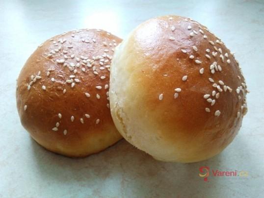 Housky na domácí hamburger