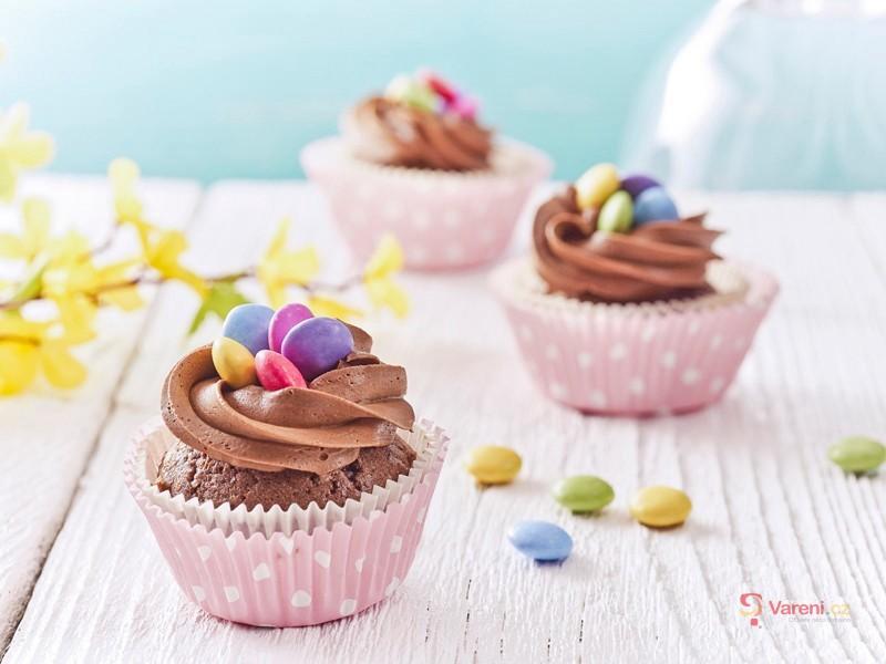 Velikonoční cupcakes s lentilkami