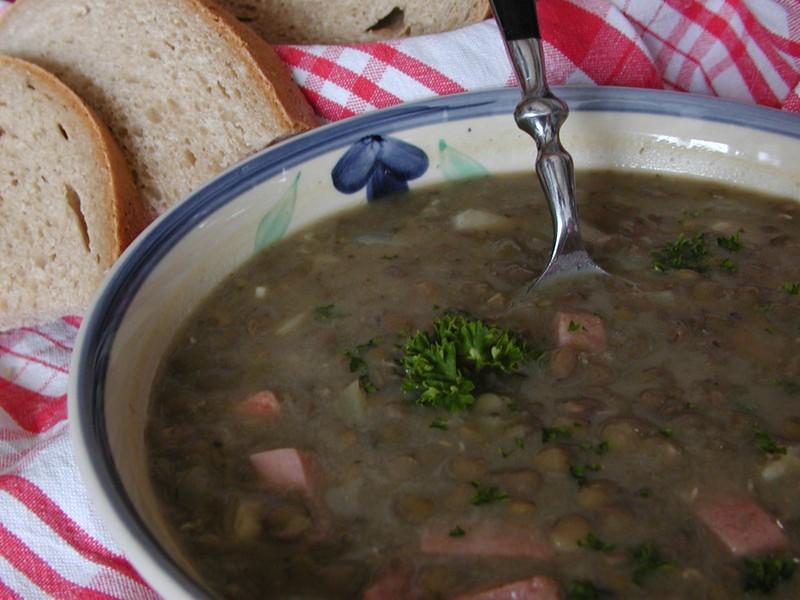 Čočková polévka ze zbytků