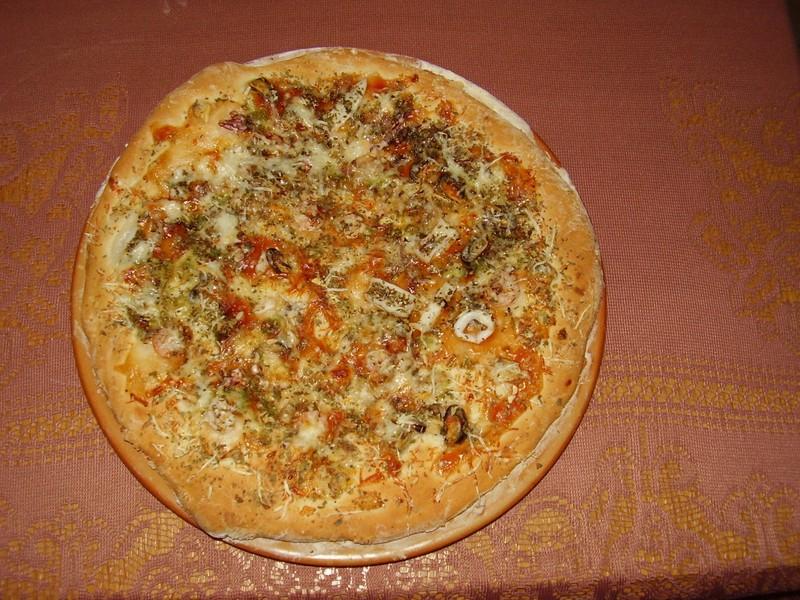 Pizza s mořskými plody