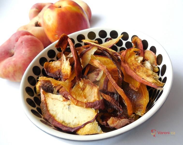 Sušené ovocné chipsy