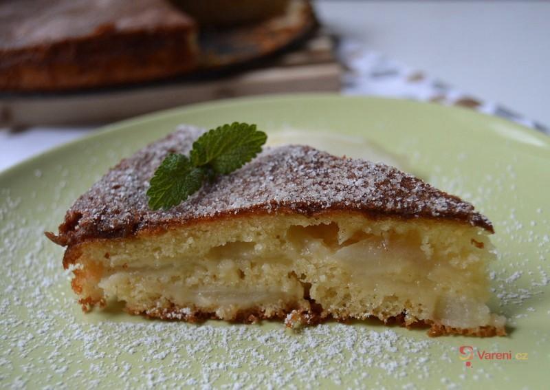 Francouzský hruškový koláč s polevou