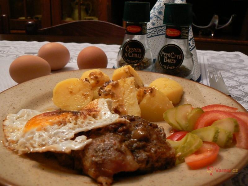 Vepřový plátek s vejci