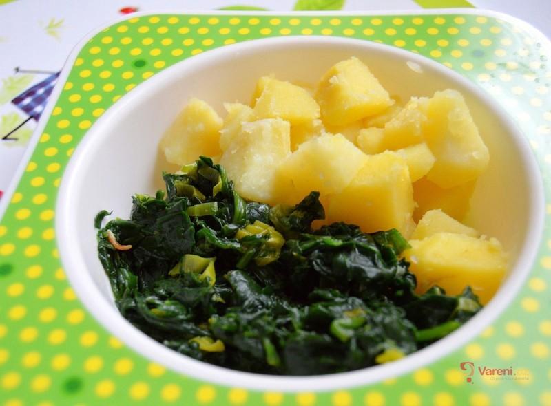 Dušený čerstvý špenát s bramborem - dětské menu