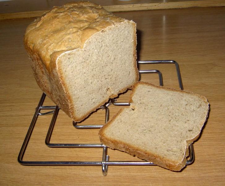 Domácí chléb s klíčky