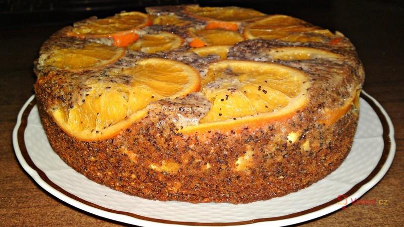 Pomerančovo-makovo-mandlový dort