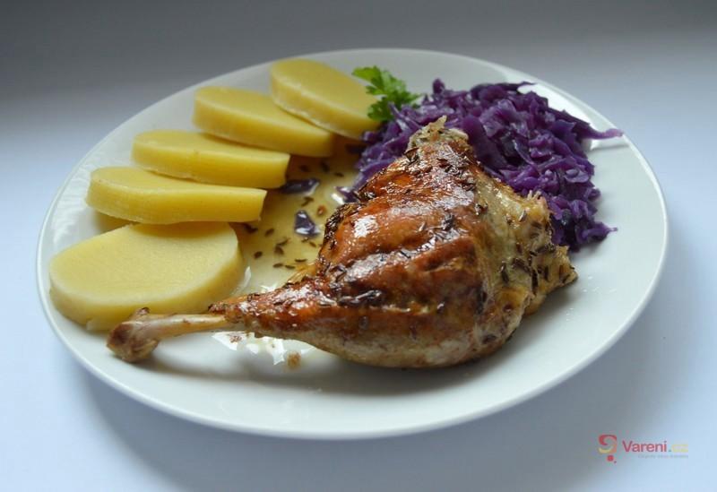 Pomalu pečená kachna