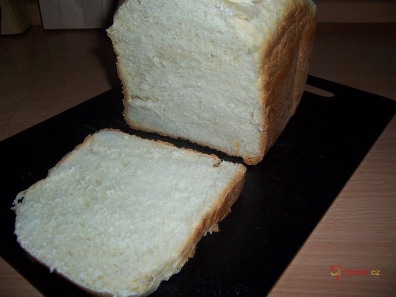 Snídaňový světlý chléb