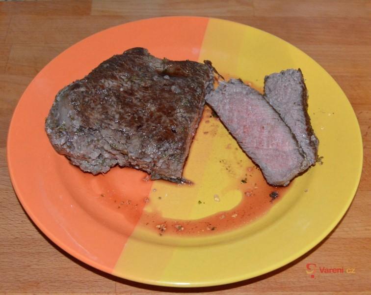 Hovězí steak v solné krustě