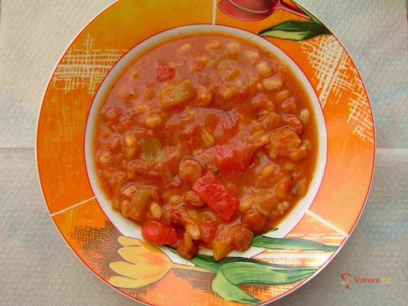 Pikantní barevné fazole