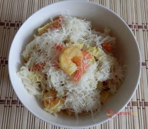 Krevety s rýžovými těstovinami