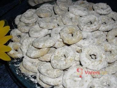 Jemné arašídové věnečky