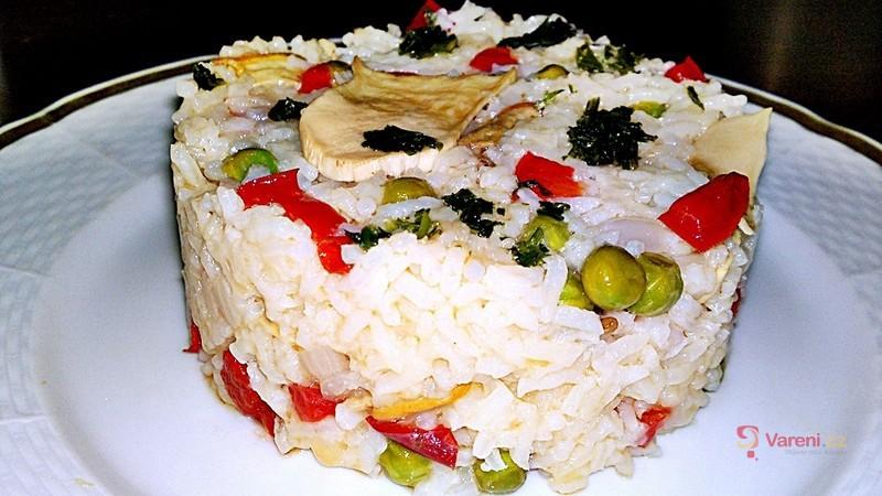 Eintopf z dušené rýže a dubáků