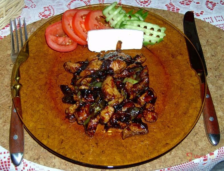 Medové kuře s mandlemi