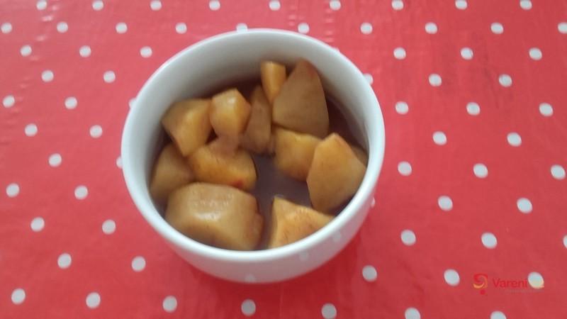 Jednoduchý jablečný kompot