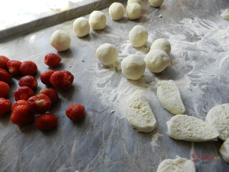 Skvělé jahodové knedlíky
