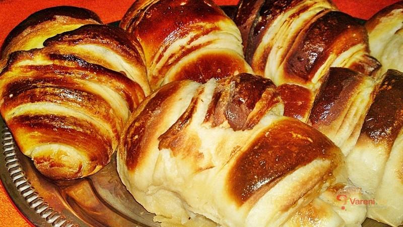 Expresní snídaňové croissanty s nutellou