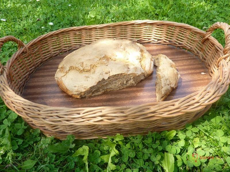 Žitný chléb z kvásku