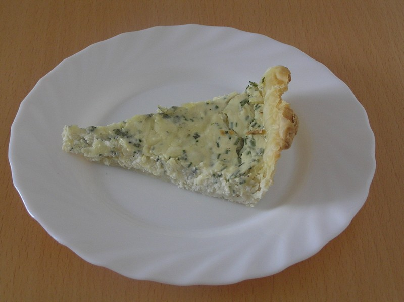 Sýrový koláč s česnekem a ricottou