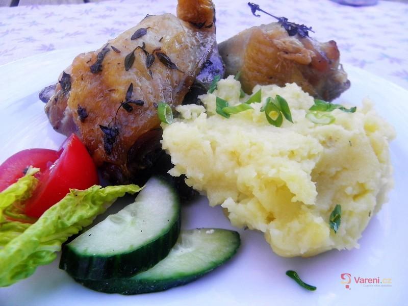 Kuře z remosky na másle a bylinkách