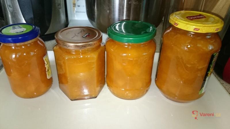 Meruňkový džem s gelfixem