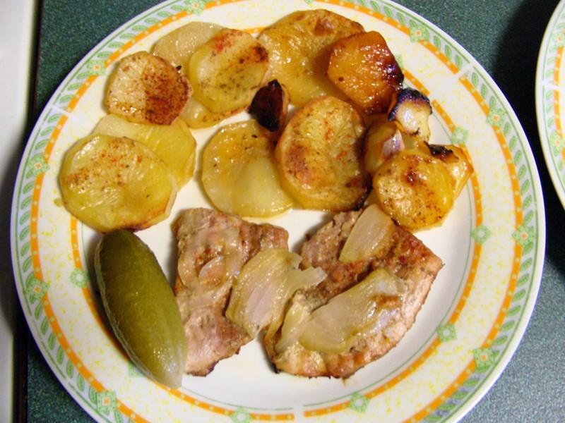 Vepřové maso zapečené s brambory ala Živánská