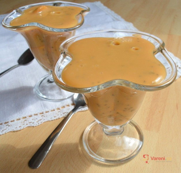 Mandlový pudink s chia semínky