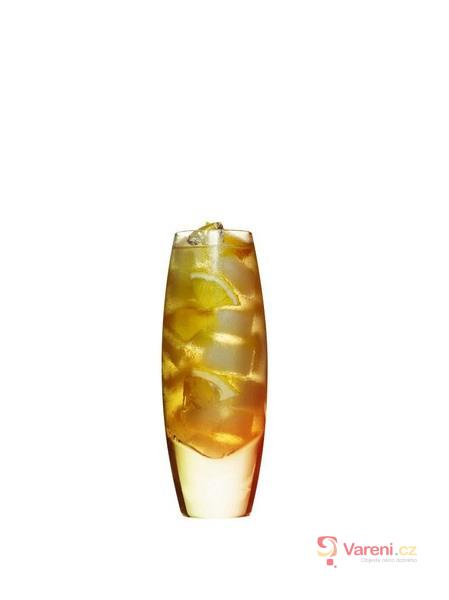 Scotch and lemonade