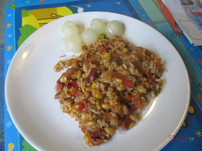 Sója s rýží a zeleninou