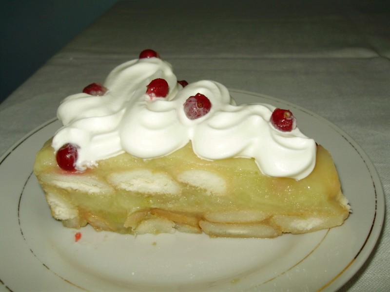 Nepečený dort s jablkovým pudinkem