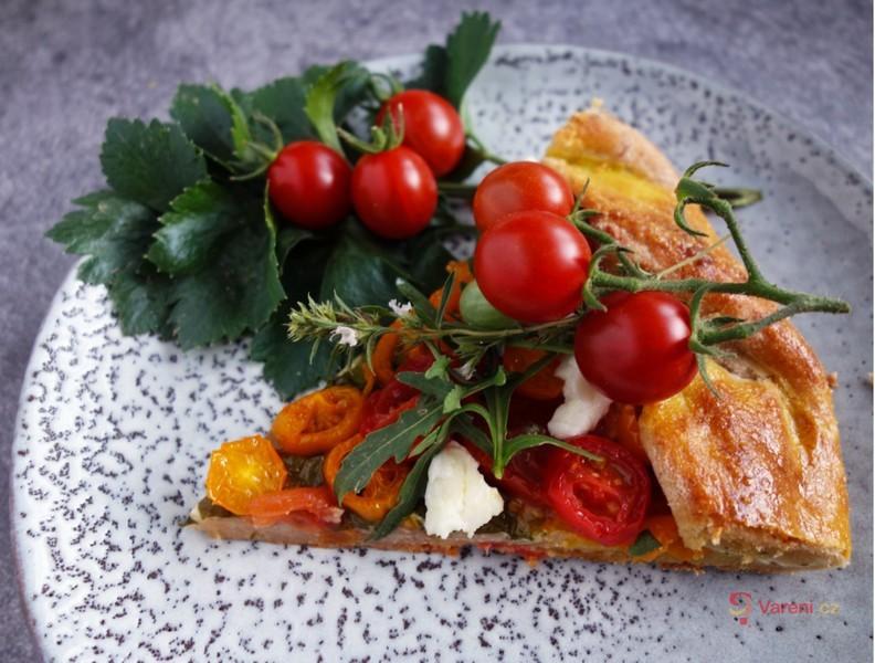 Rajčatová galetka s parmezánovou krustou