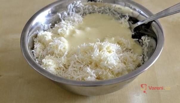 Domácí kokosová tyčinka bounty
