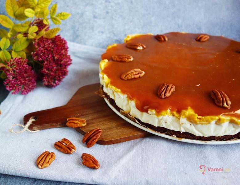 Dýňový koláč se slaným karamelem