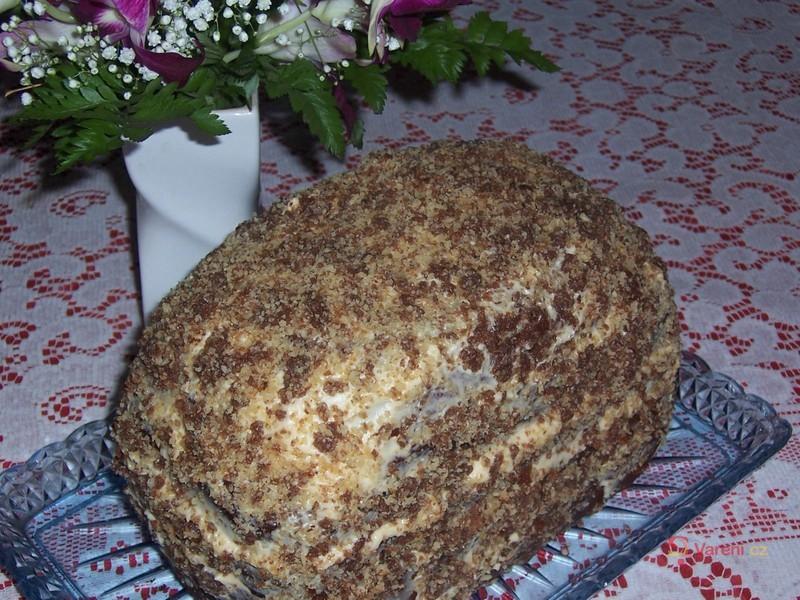 Medové řezy z domácí pekárny