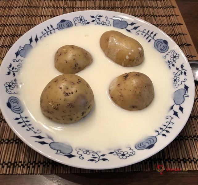 Bílá kyselá polévka