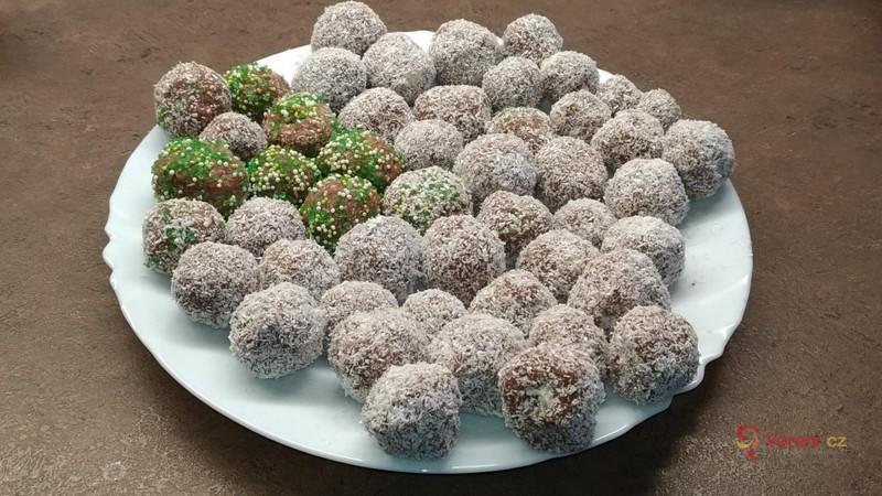 Rychlé kokosové kuličky