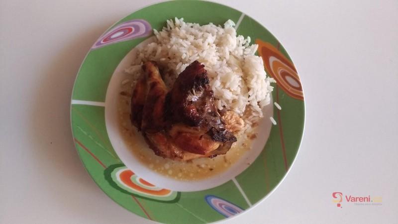 Křehké jarní kuře pečené na medu