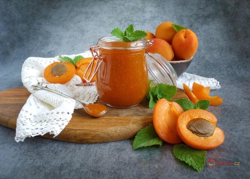 Rychlá meruňková marmeláda