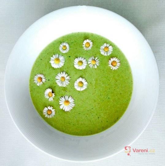 Skvělá brokolicová polévka
