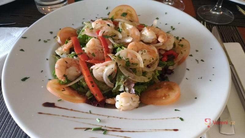Středomořský krevetový salát