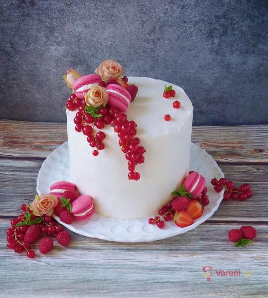 Lehký narozeninový dort