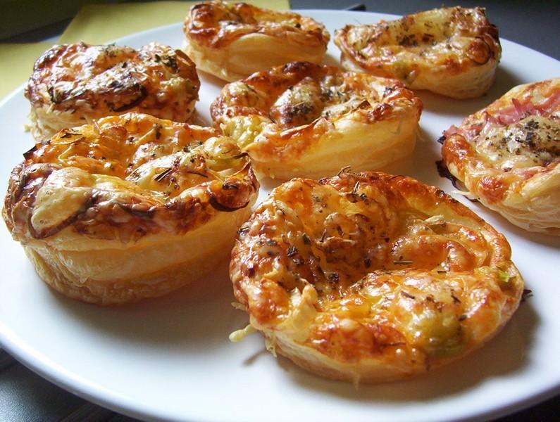 Mini pizza z listového těsta
