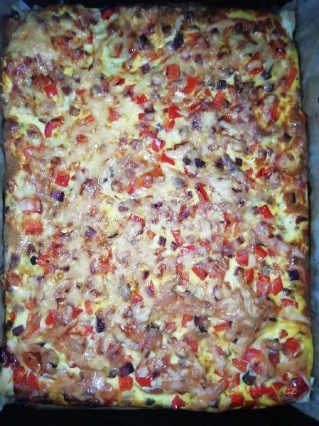 Jednoduchá a rychlá domácí pizza