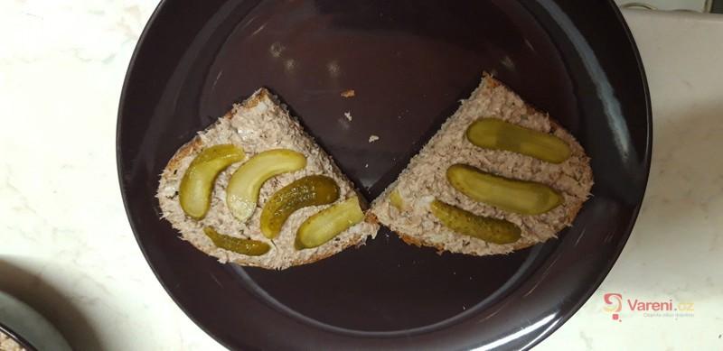 Sardinková pomazánka s majonézou