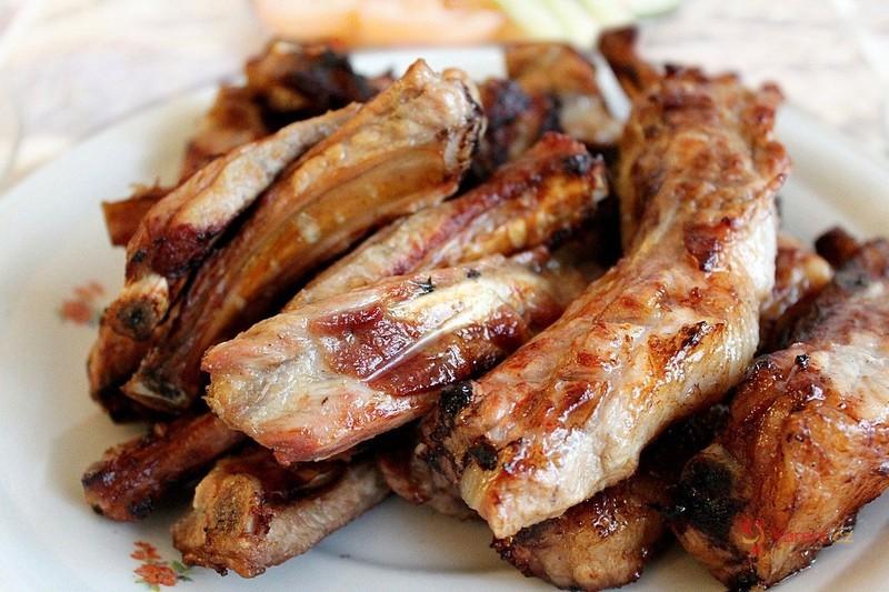 Pečené vepřové maso se zeleninou